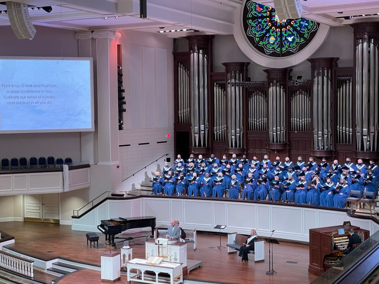 the st. andrew umc choir worshiped together again for the first time since the church shut down over the pandemic last year.