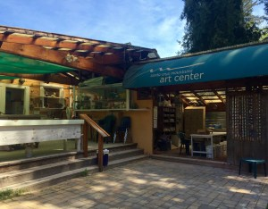 SCMAC has indoor and outdoor classrooms and a full range of art supplies.