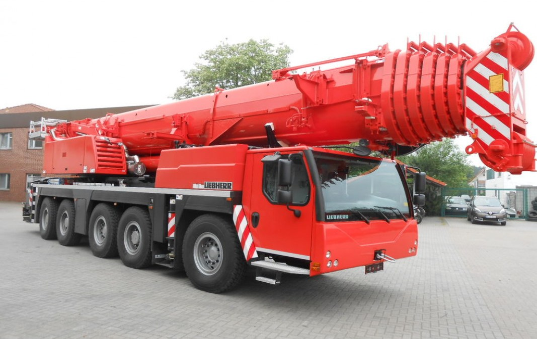 Grue Mobile LTM 1200 – 200 T