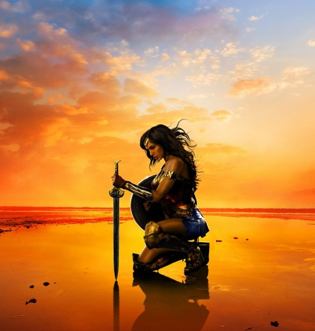 wonder-woman-poster-plage