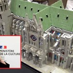 """Après la vraie cathédrale de Notre-Dame, la ministre de la culture, Roselyne Bachelot exige que toutes les cathédrales en briques LEGO soient également """"reconstruites à l'identique"""""""