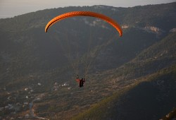 Paragliding 2965247 1280