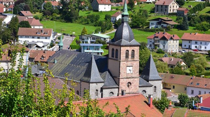 800px Eglise La Bresse