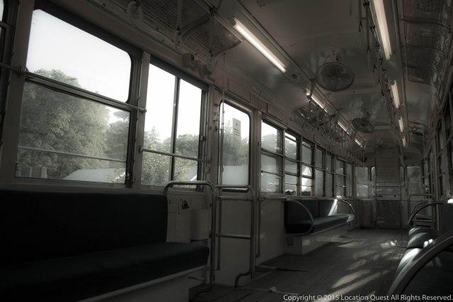 電車/車内