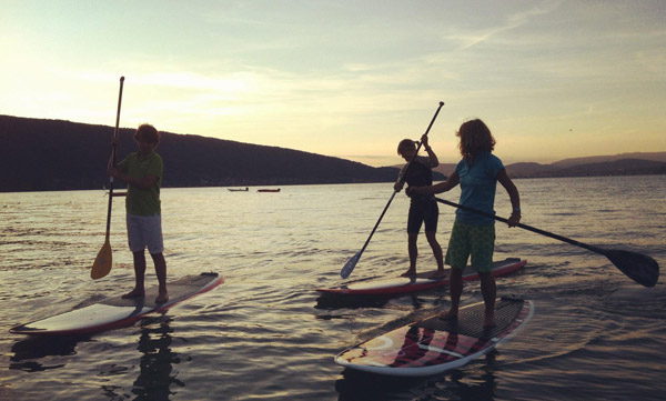 lac annecy stand up paddle after work
