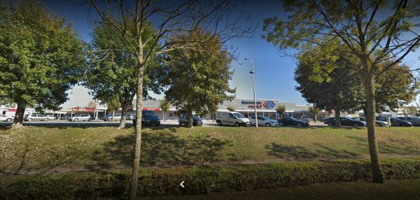 Carrefour location Argentan