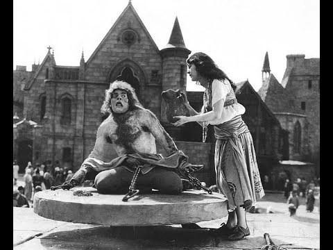 esmeralda e il gobbo di notre dame tortura