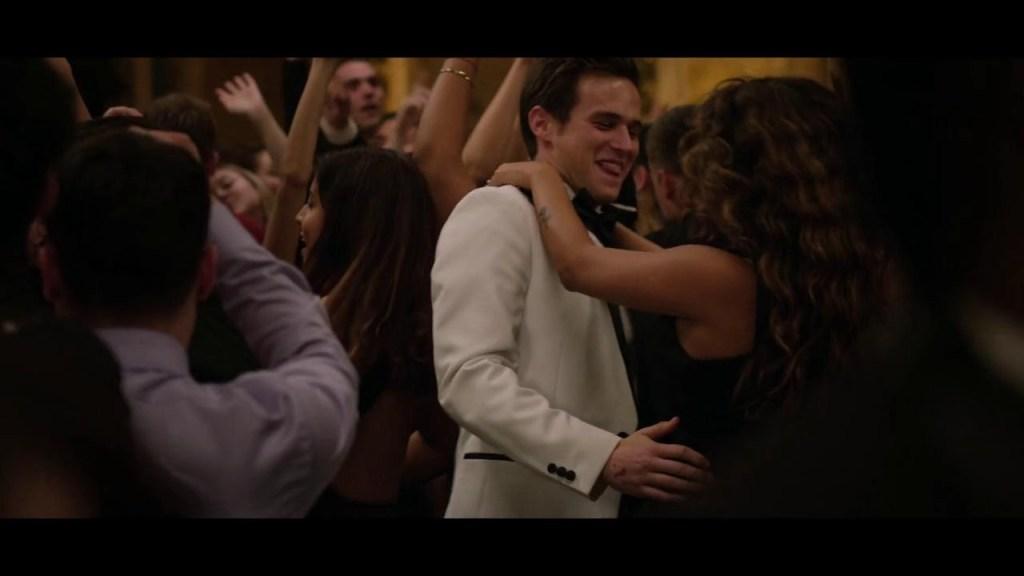 Brandon Flynn in Prom - Tredici 4