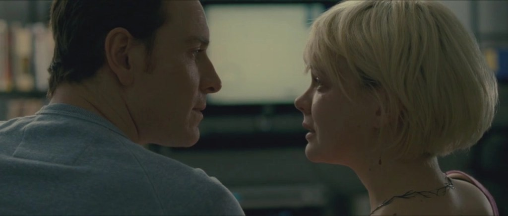 Michael Fassbender e Carey Mulligan in Shame