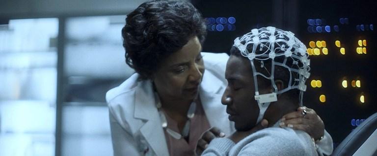Phylicia Rashad e Mamoudou Athie in Black Box