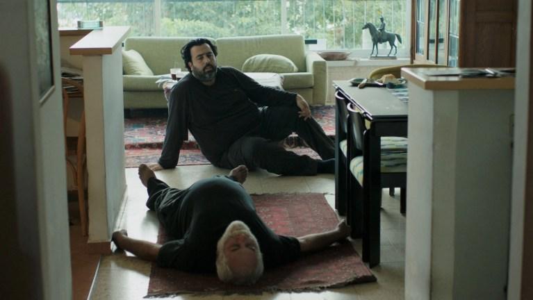 The Death of Cinema and My Father Too (2020) la recensione padre e figlio morte