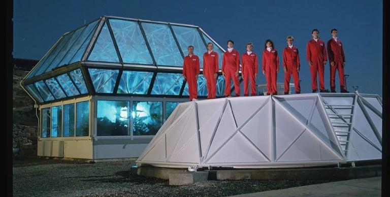 Spaceship Earth recensione film