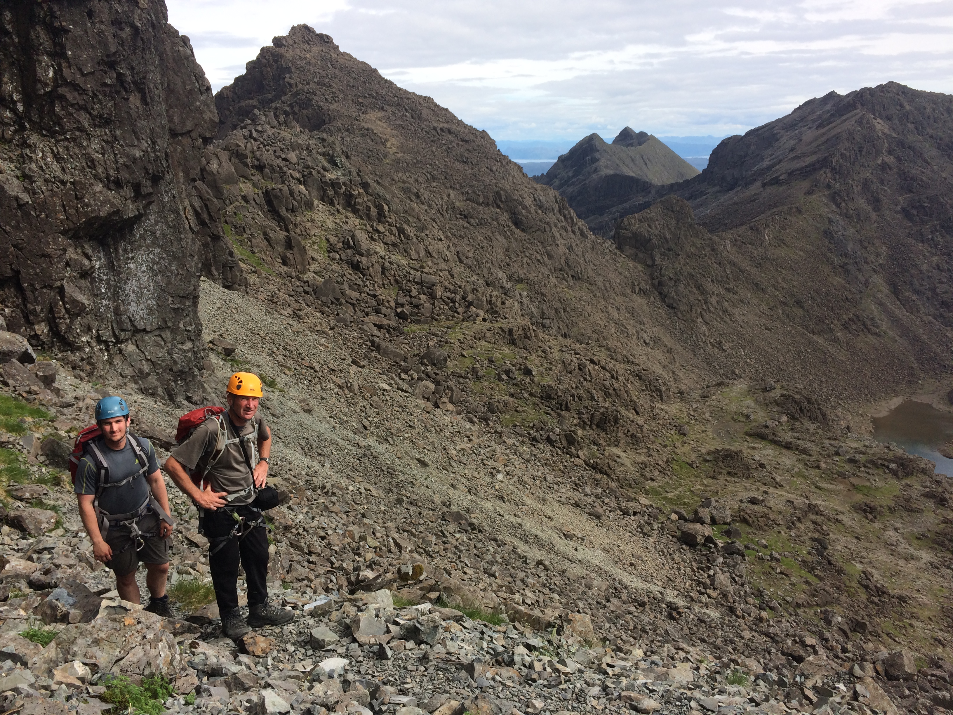 Complete the Skye Cuillin Munros with Lochaber Guides. Hire a qualified and experienced Cuillin Munros Guide to tackle the Skye Cuillin Munros.