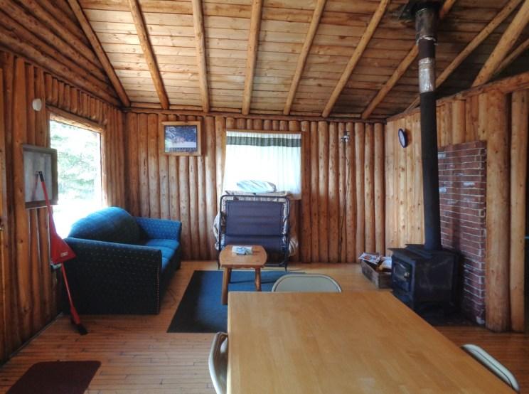 Loch Island Lodge - Otter Island Small Cabin Living Room ...
