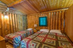 Camp Lochalsh Cabin 2 Bedroom