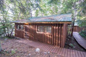 Loch Island Lodge Cabin 2