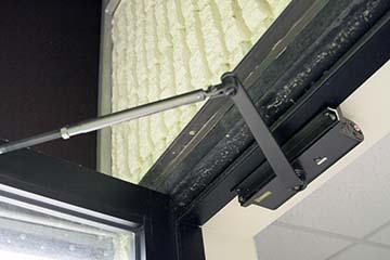Door Closers Solutions For Doors Experiencing High Winds