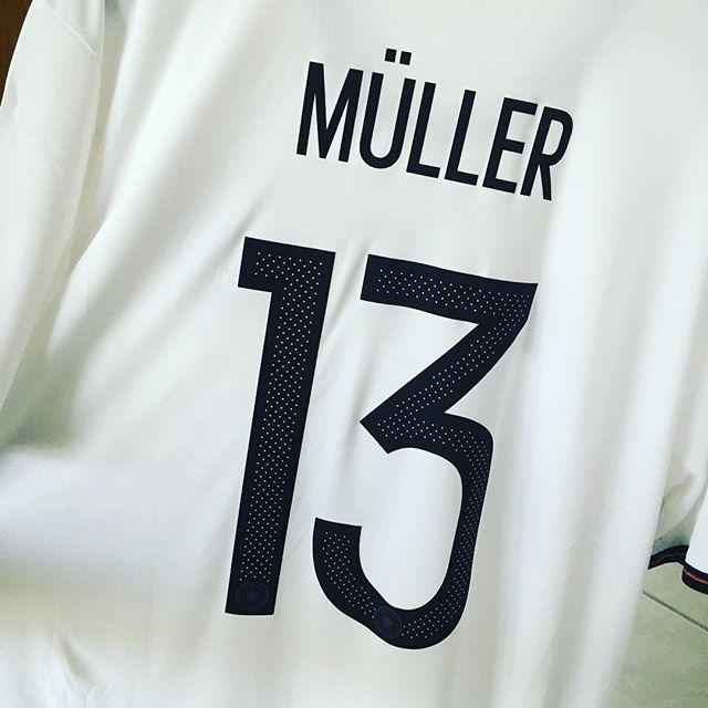Wegen mir kann Länderspiel auch schon heute sein #dfb #diemannschaft #esmuellert #mueller #fussball #ehrewemehregebührt #beste