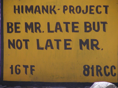 A road sign on Leh-Kargil highway