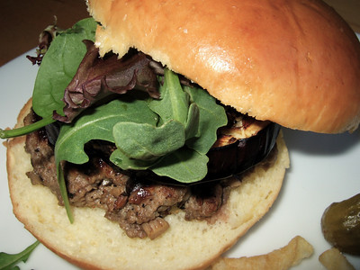 Burger - with roasted and marinated eggplant