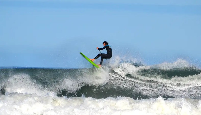 Steve going XL on his Loco 7'4'' Short SUP