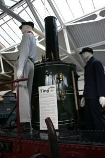 151 Tiny - National Collection broad gauge locomotive