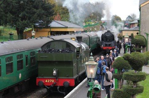 2014 Autumn Steam Gala Watercress Line - Ropley - GWR 42xx 2-8-0T 4270 & BR Standard 9F Class 92212