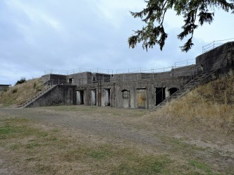 battlements at Fort Stevens