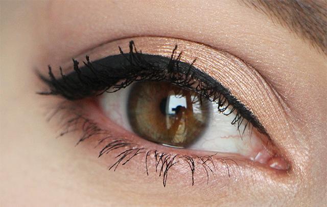 zoeva eye golden