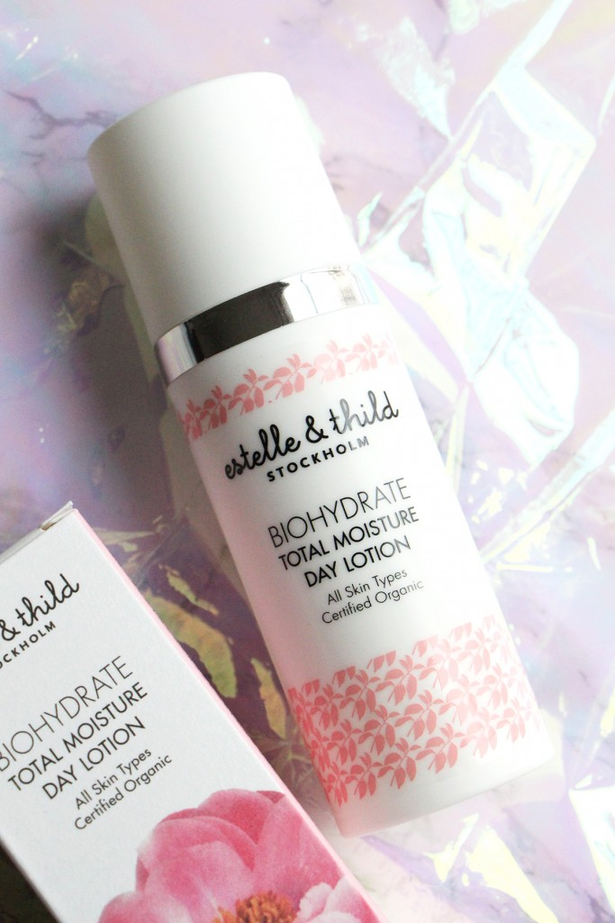 estelle thild total mositure day lotion