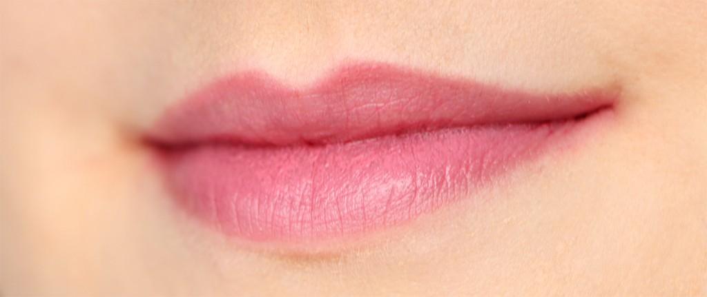 chanel la delicate lips