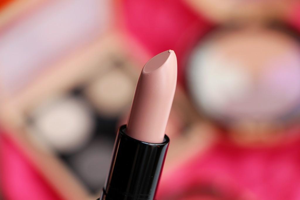 mac tribe vibe arrowhead lipstick