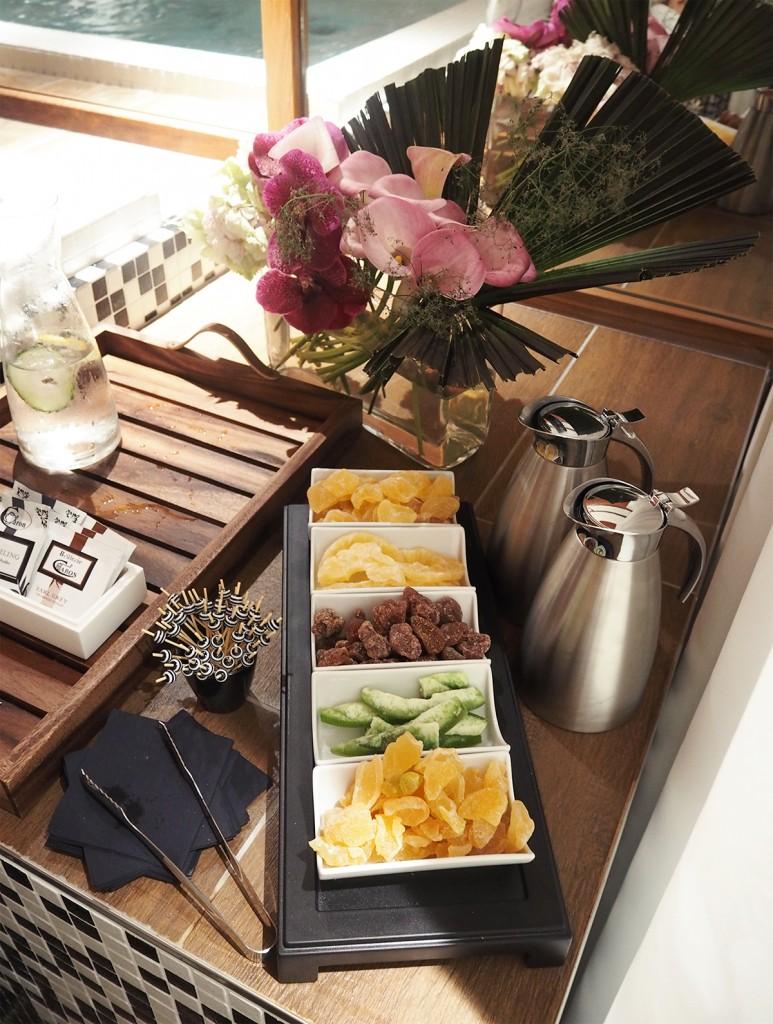 renaissance hotel spa o by sothys fruits