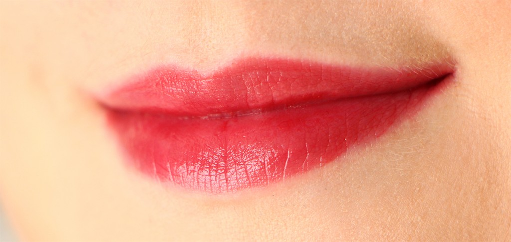 saint red lipstick queen
