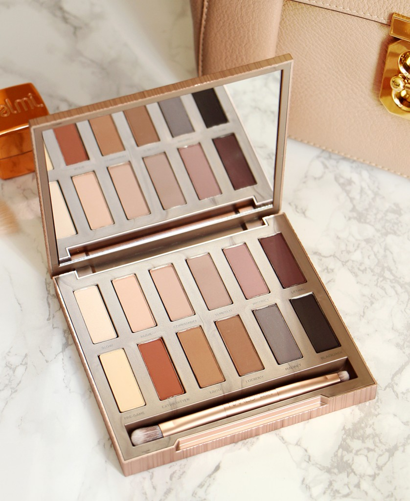 naked-ultimate-basics-palette-urban-decay-open