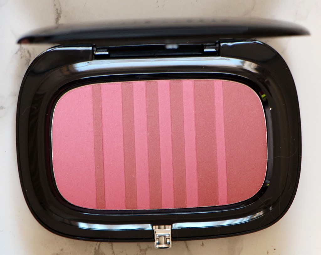 night-fever-and-hot-stuff-air-blush-marc-jacobs