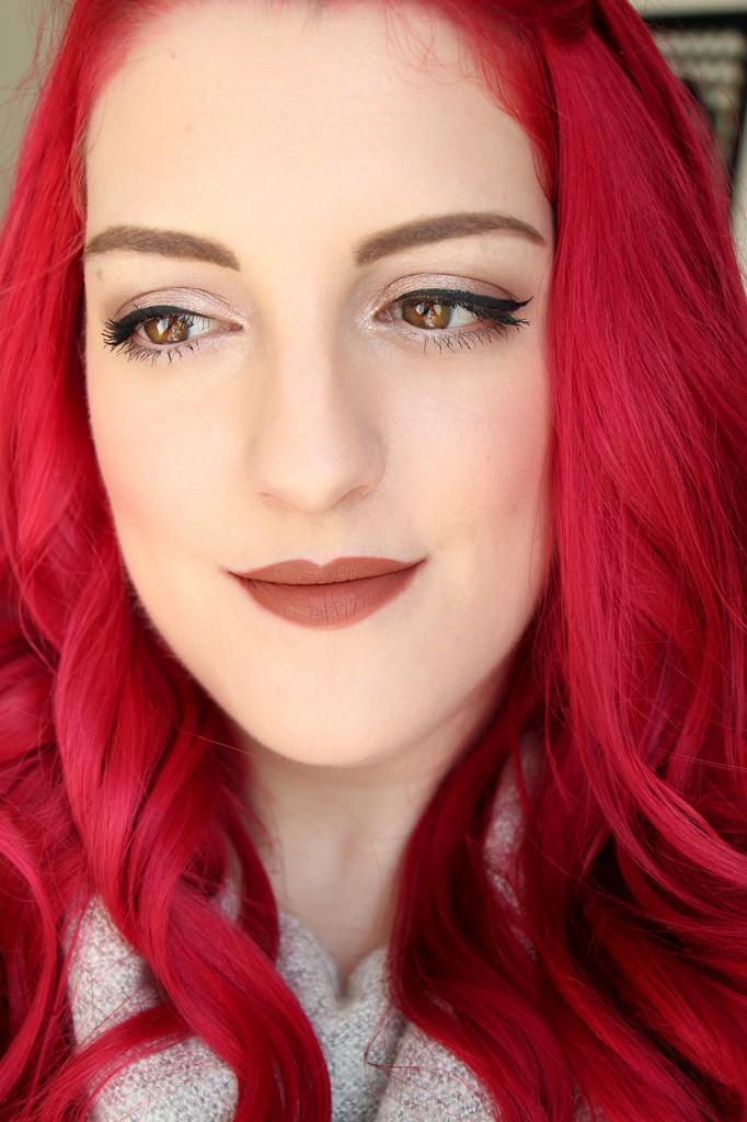 trendsetter-huda-beauty-lips-face11