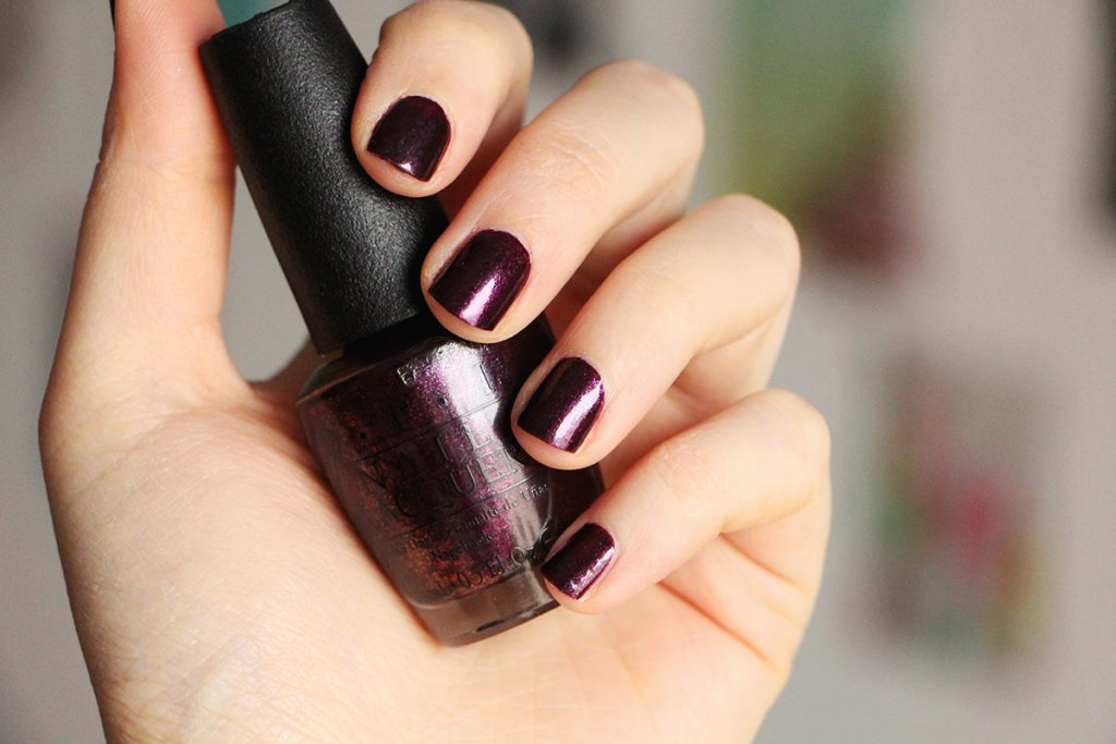 opi-rich-and-brazilian-1-swatch-nails-nail-polish-vernis
