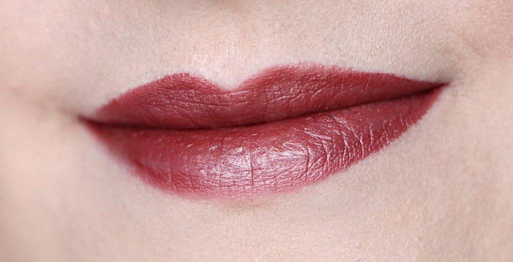 urban decay amulet lipstick vice zoom