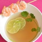 Zitronengrassuppe mit Garnelen