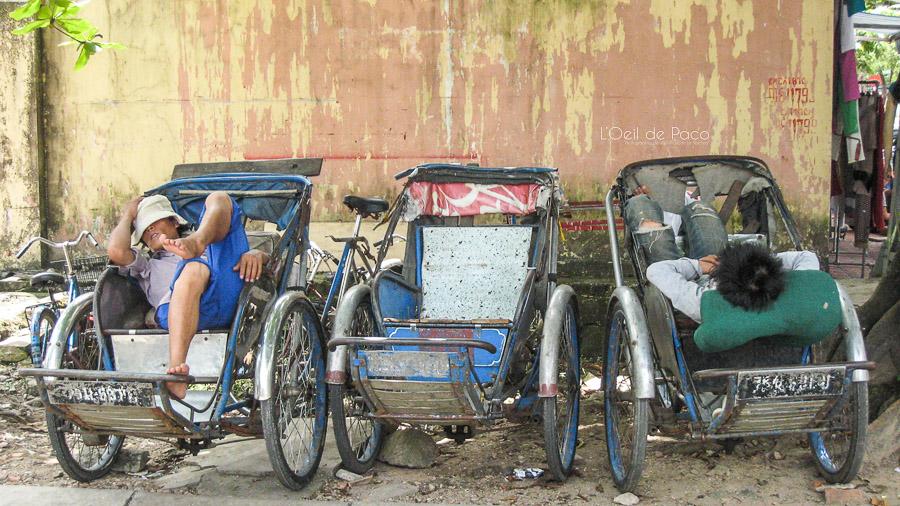 La sieste des cyclo-pousseurs