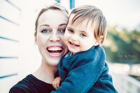 Un Œil sur votre famille – Charlotte et Milla, portrait