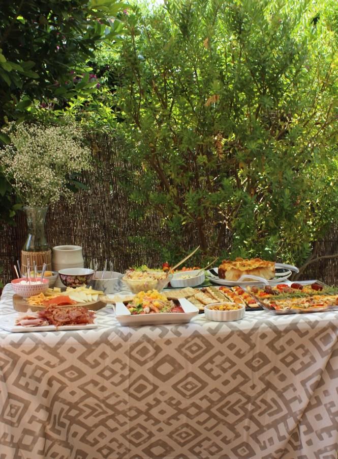 comida con amigas Loft & table