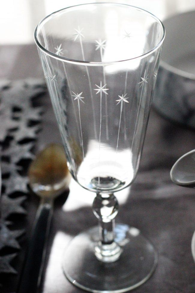 Cristaleria con estrella en Loft & Table