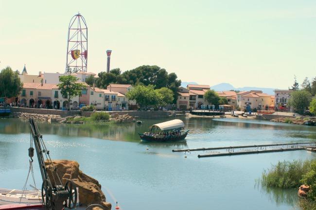 Paseando por PortAventura World