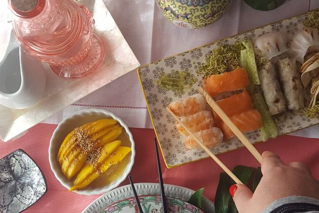 Como decorar una mesa oriental