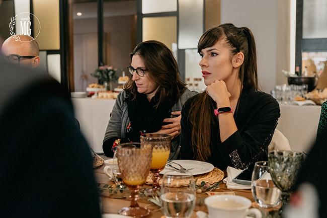 Nuria Rios y Astrid Torrente