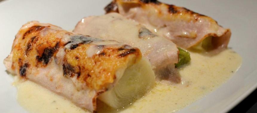 Poireaux au gratin et filets de poulet