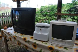 tvs and bread maker