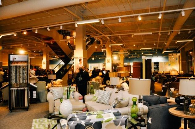 Art Van Furniture Hosts Grand Opening Party
